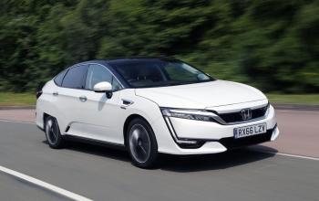 A Honda descontinua a produção do Clarity, carro com célula de combustível de hidrogênio.