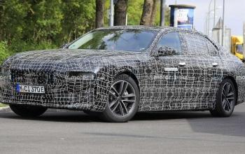 BMW i7 Sedan Elétrico Aparece Durante Testes