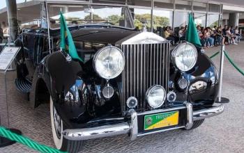 Rolls-Royce: o carro que transporta presidentes desde a década de 50 no Brasil